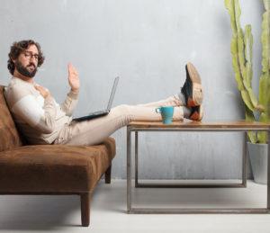 digital offline-Werbung negativ Ads adertisement no thanks man laptop architecture design